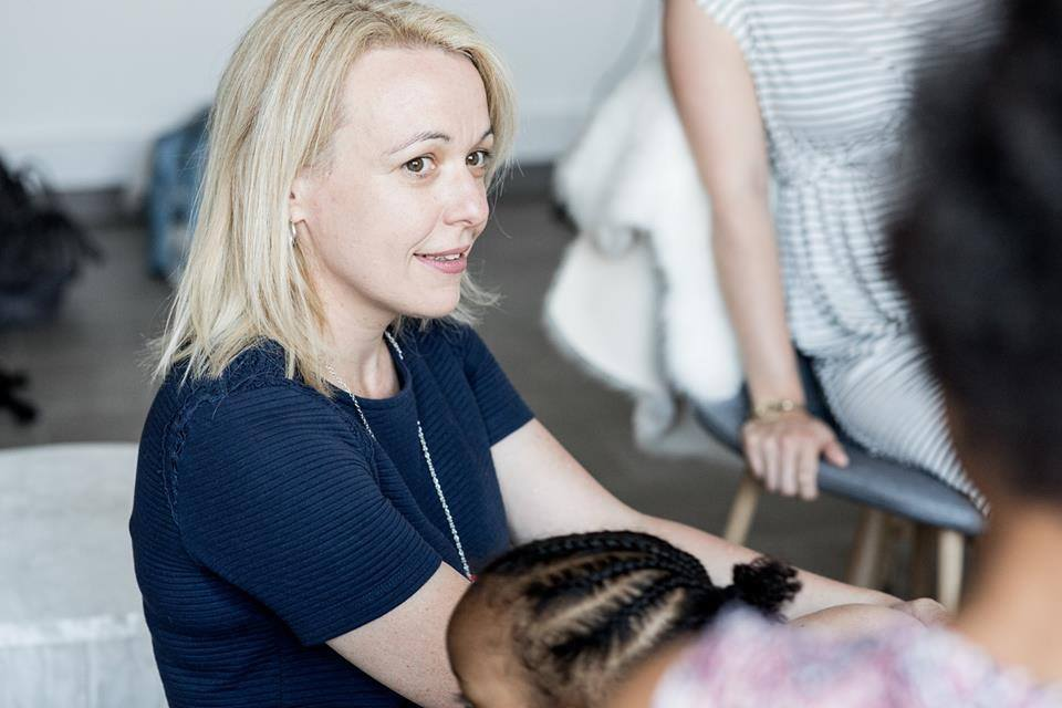 Delphine Meuric lors d'une rencontre entre mères allaitantes
